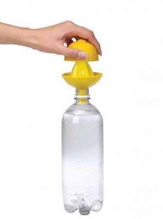 Spremiagrumi bottiglia Sombrero Juicer by Umbra