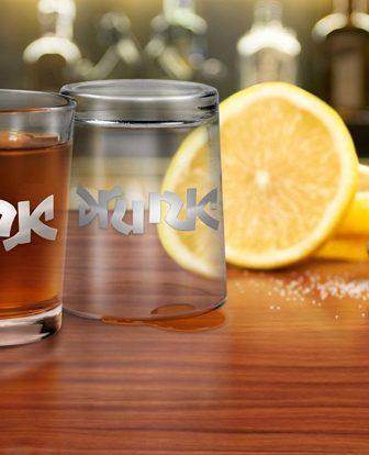Drink/Drunk, i bicchierini