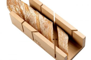 Easy Cut Bread Board