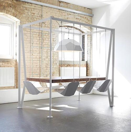 Swing table: il tavolo a dondolo
