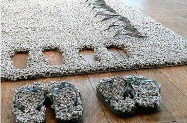 Il tappeto con le ciabatte