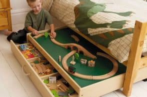 Trundle Play Table