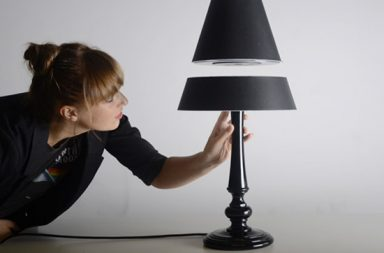 Silhouette, la lampada sospesa