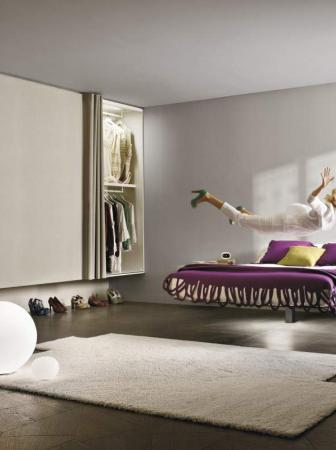 Fluttua Floating Bed di Daniele Lago