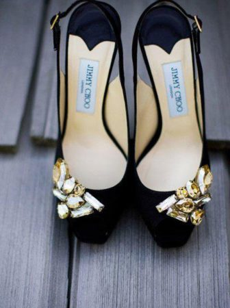Jeweled Slingback Pumps di Jimmy Choo