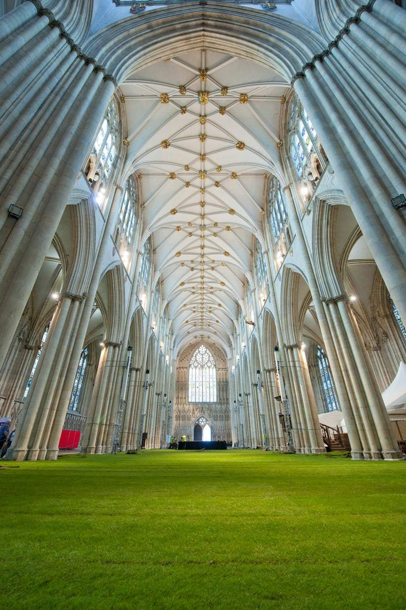 York minster cathedral interior covered in grass design miss for Garden design york uk