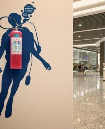 Sub fire extinguisher