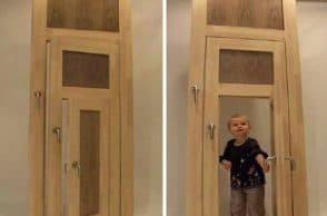 Hobbit's door