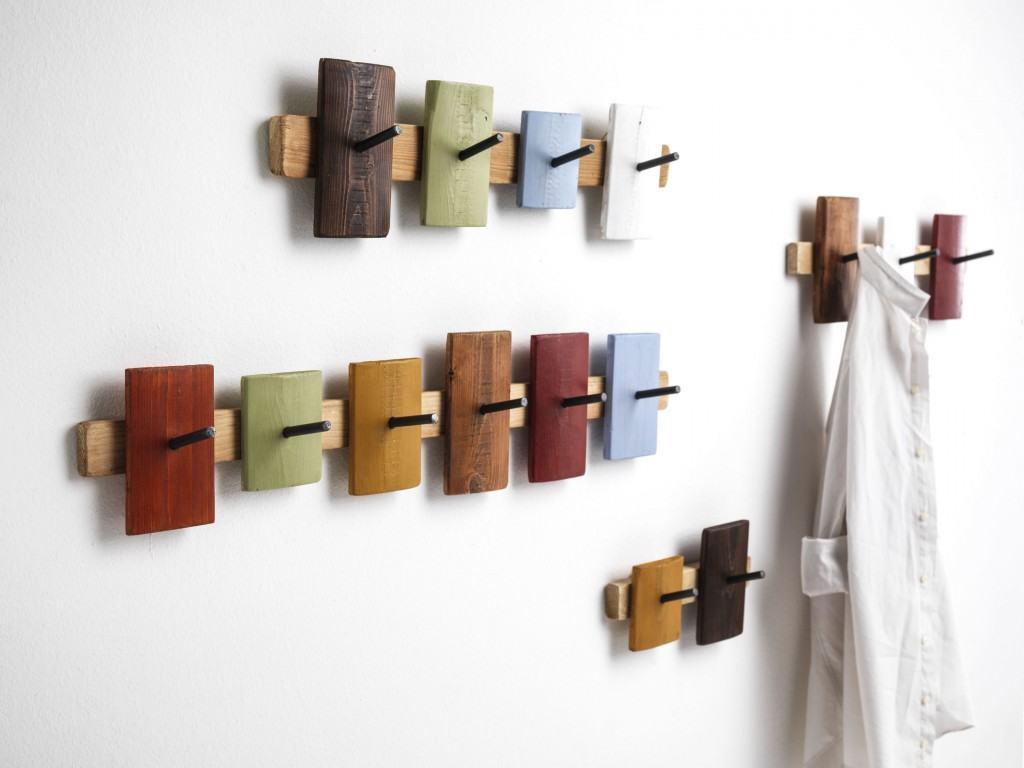 Attaccapanni ubu un oggetto nato da materiali di scarto - Attaccapanni da parete design ...