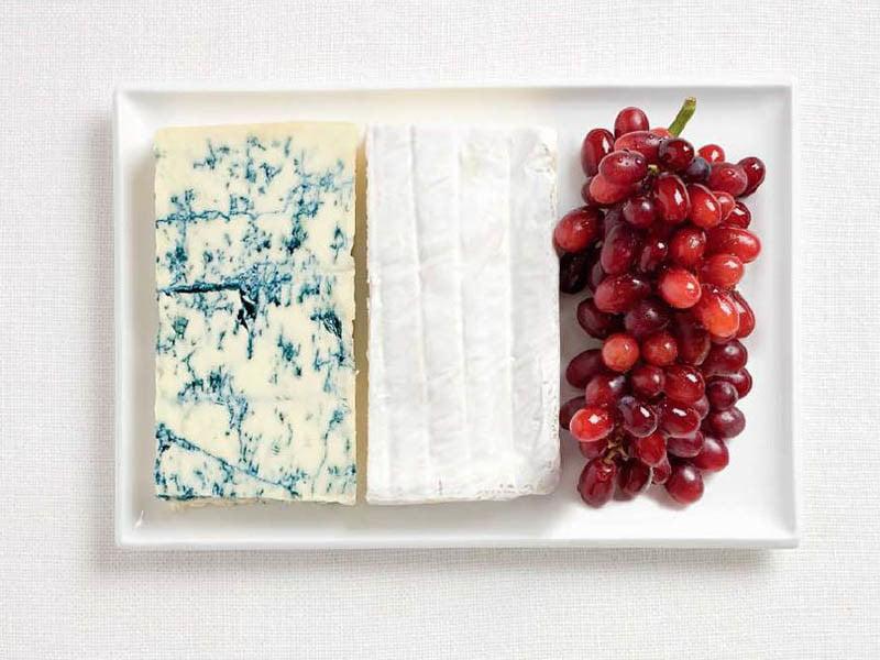 FRANCIA: fromage bleu, brie e uva.