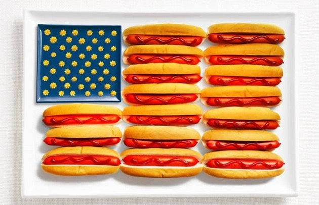 STATI UNITI: hot dogs, ketchup e mostarda