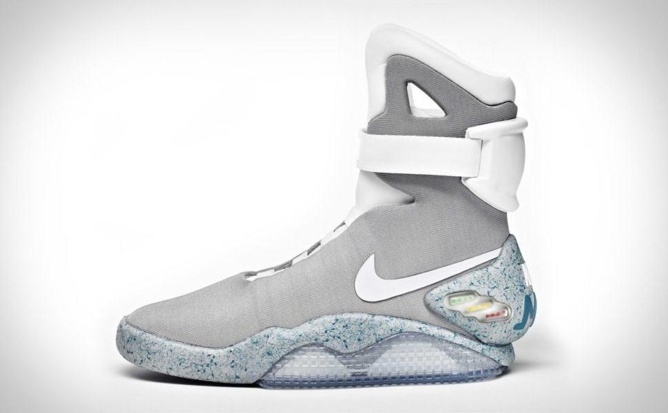 Da Nike Che Scarpe Allacciano Sole Si Nuove qGMVpSUz