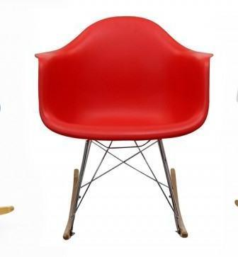 Plastic armchair di Charles & Ray Eames
