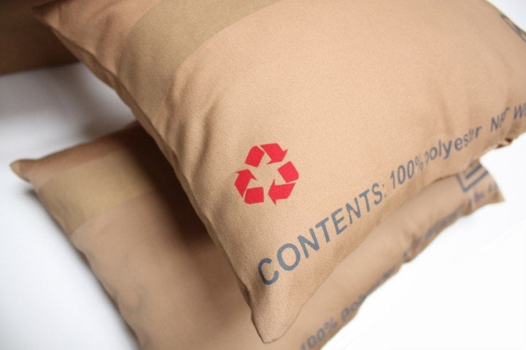 carton_pillows_detail_2