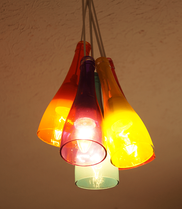 Lampadari Fatti Con Bottiglie Di Vetro.Lampadario Fai Da Te Con Bottiglie Di Vetro Design Miss