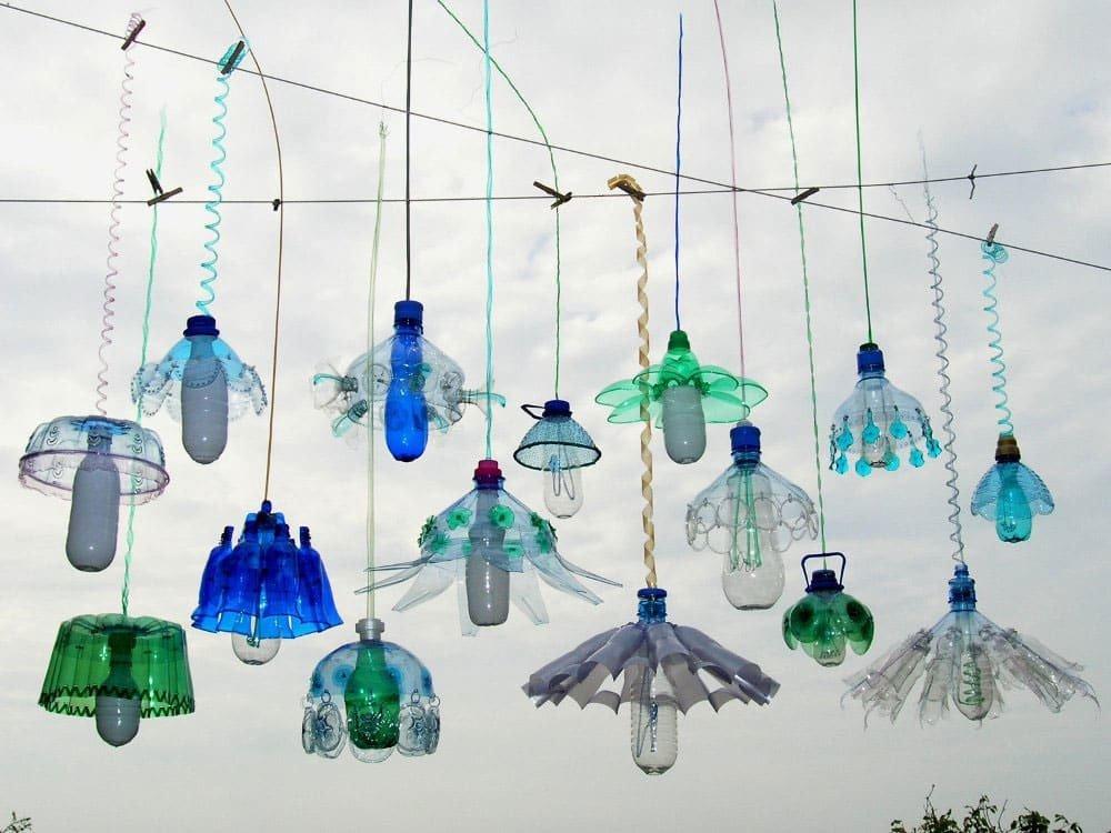 Assez L'arte dal riciclo delle bottiglie di plastica - Design Miss SC01
