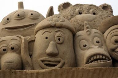 Castelli e sculture di sabbia