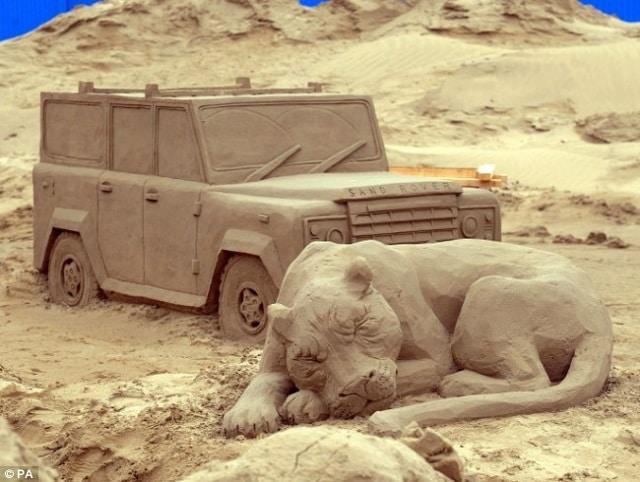 sculture-sabbia