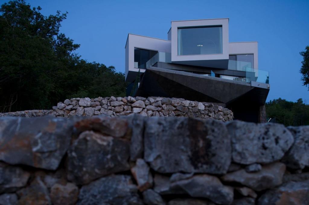 Gumno house casa moderna in croazia design miss for Tetto della casa moderna