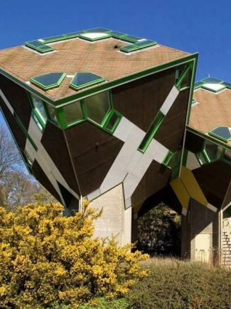 Le case cubiche di Piet Blom