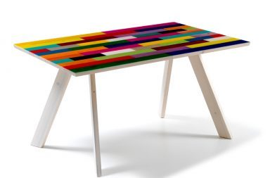 Refratino, un tavolo fratino in veste moderna