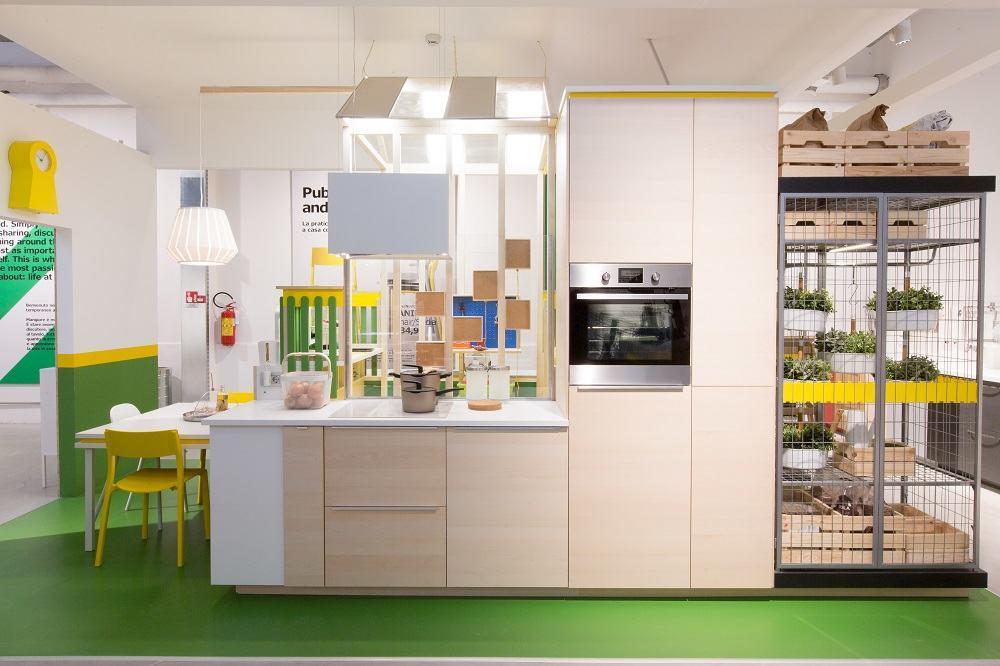 Ikea temporary lo store svedese nel centro di milano for Cucina induzione ikea