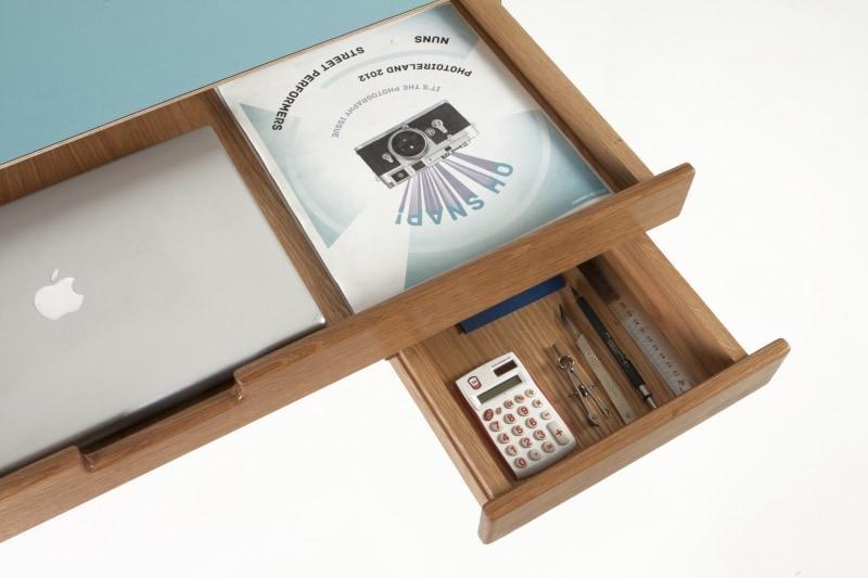 scrivania-con-cassetti