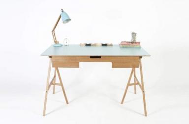 Plan Desk, una scrivania semplice e funzionale