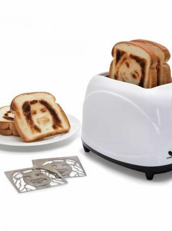 Selfie Toaster, un toast con la tua faccia!