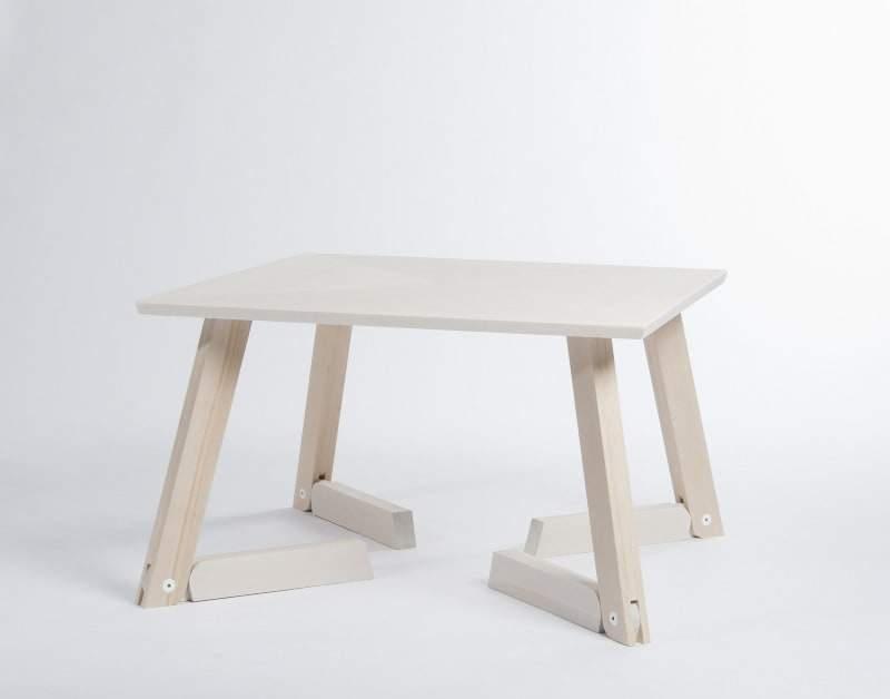 tavolo-in-legno-betulla