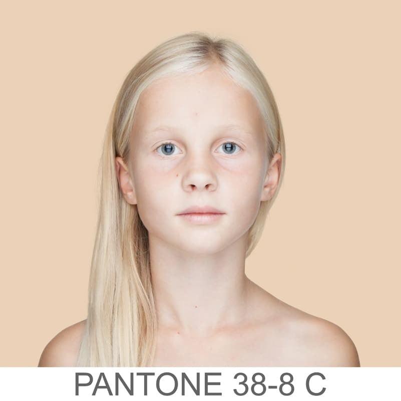 pantone 38-8 C