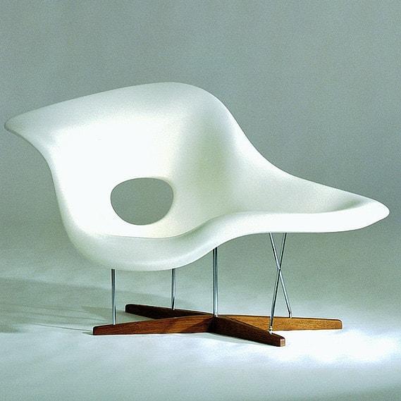 la-chaise-eames-vitra-museum