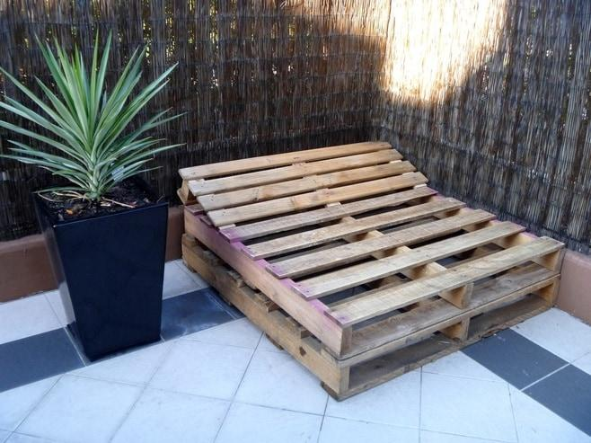 Riciclo bancali giardino qx19 regardsdefemmes - Mobili fatti con pallets ...