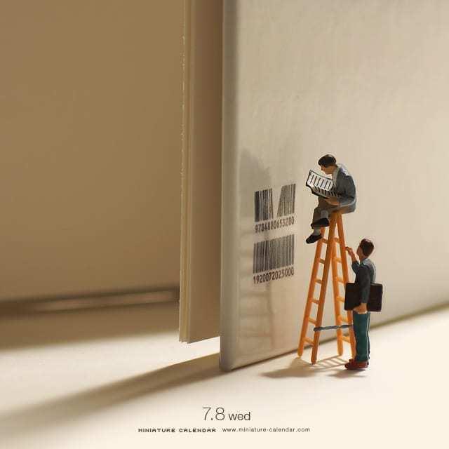 miniature-calendar