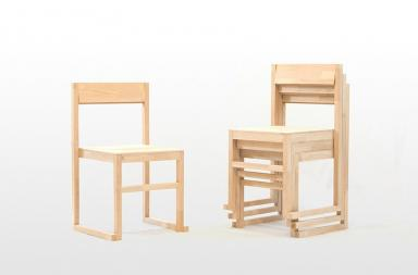 Una sedia impilabile per la sharing economy