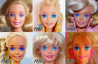 I cinquant'anni di Barbie in un divertente collage