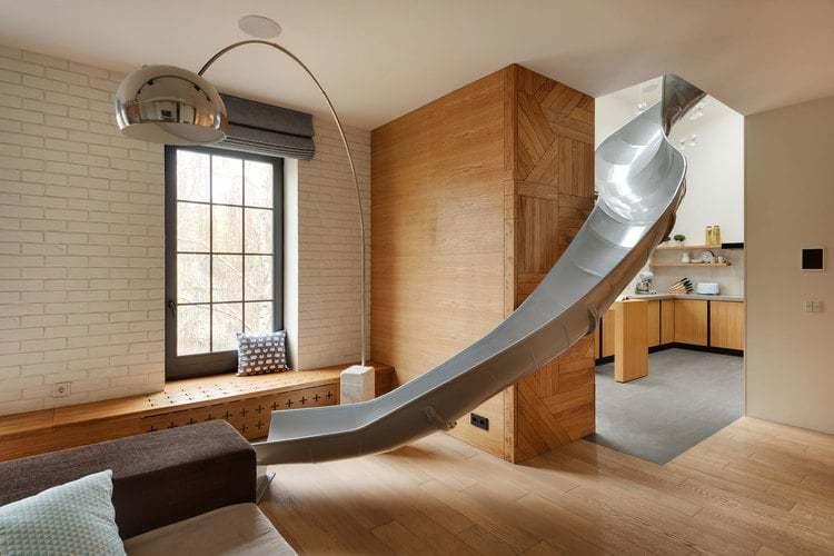 Scivolo in casa per un design ludico e moderno