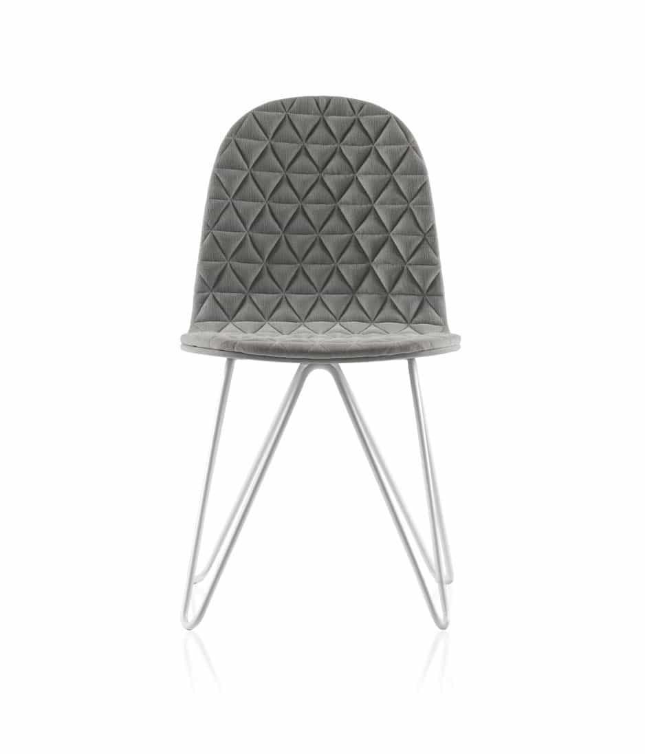 Abiti trapuntati per sedie uniche design miss for Sedie vestite design