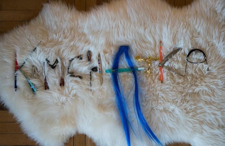 Anna Galtarossa- Kamchatka'16-materiali-vari-su- pelliccia