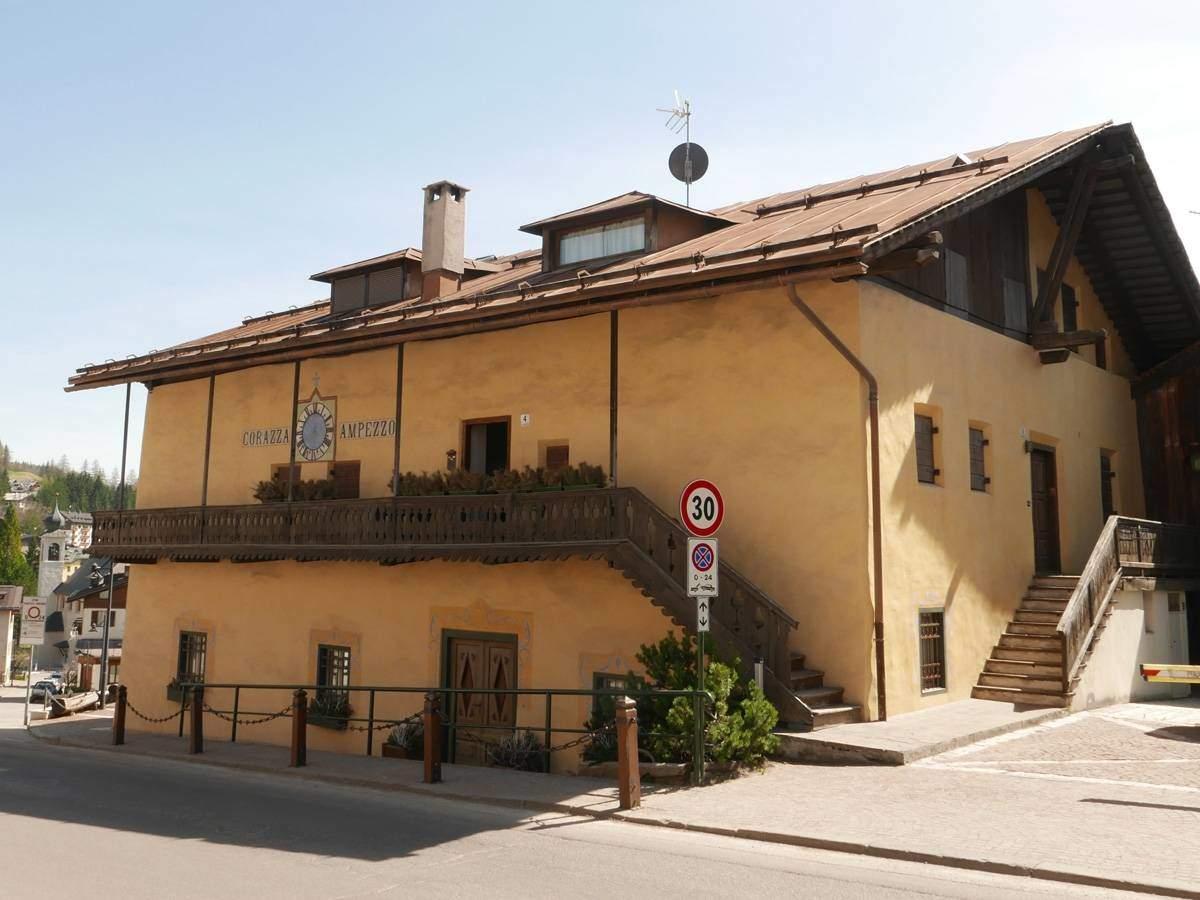 Casa-Corazza-Cortina