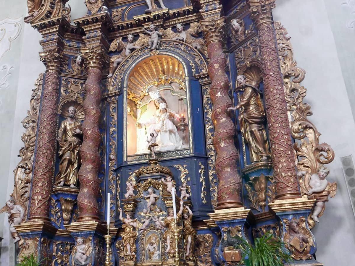 basilica-interni-cortina