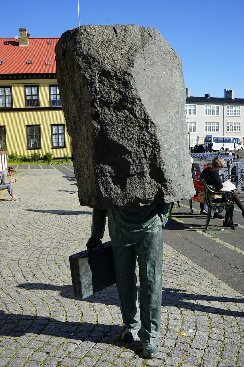 scultura-lavoratore-ignoto