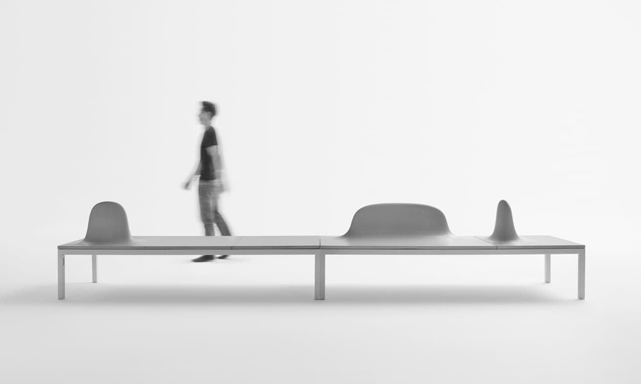 Una panca modulare dal design scultoreo