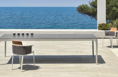 Play, il tavolo outdoor che arreda ogni spazio