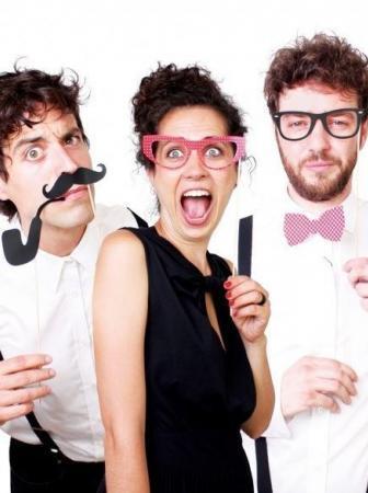 Come realizzare foto divertenti con gli accessori Photo Booth