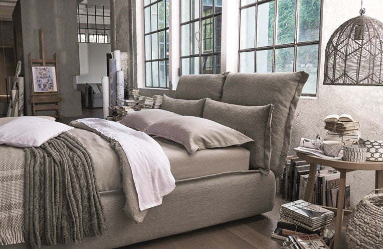 Somnia il nuovo letto dorelan firmato da giulio iacchetti for Letti design 2016