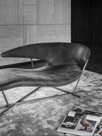 La nuova chaise longue MANTA al Salone del mobile 2017