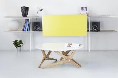 Tavolo trasformabile dall'estetica contemporanea