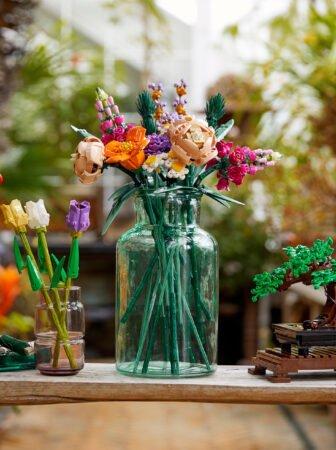 Lego e i kit di fiori e bonsai della Botanical Collection