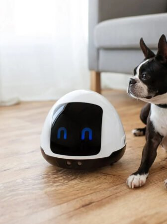 Mia, il piccolo robot da compagnia per i nostri amici pelosi